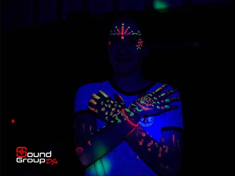 soundgroupdjs_amazing_glow_party1